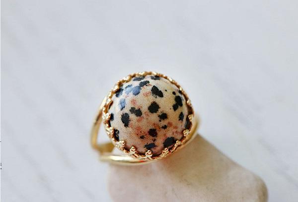 Кольцо из яшмы