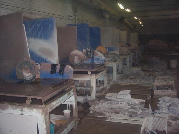 Обработка яшмы - фото промышленного цеха