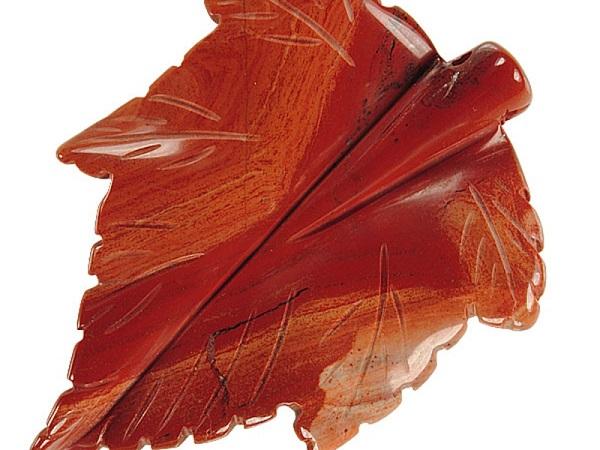 Декор из яшмы - кленовый лист