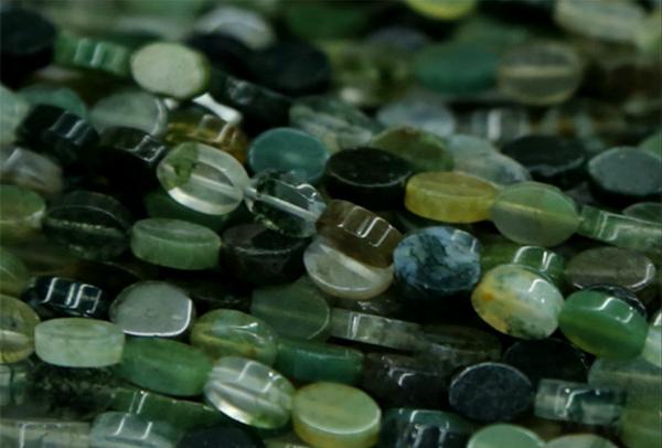 Моховой агат мелкие камни