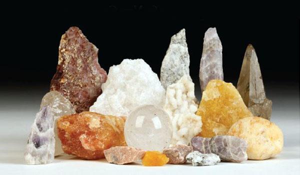 Азезтулит: разновидности минерала