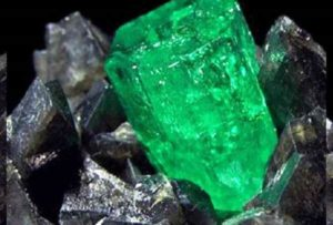 Изумруд - особенности минерала
