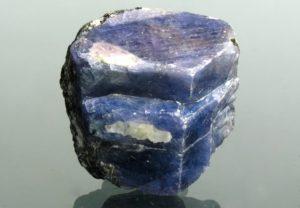 Кристалл сапфира - проверяем чистоту