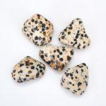 Яшма далматиновая — свойства камня