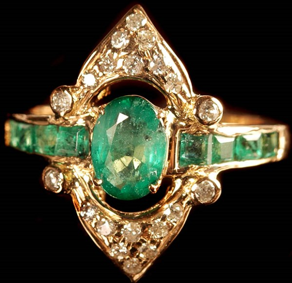 Кольцо Золотой лотос с бериллом