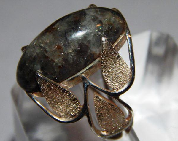 Перстень с хризобериллом