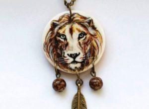 Какие камни подходят Львам
