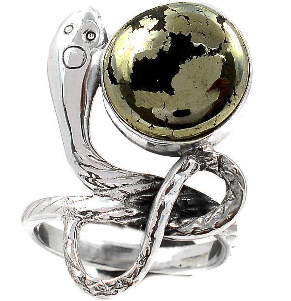 Талисман змея с магнетитом