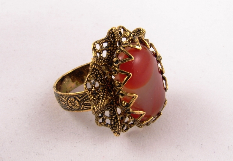 Сардоликс кольцо