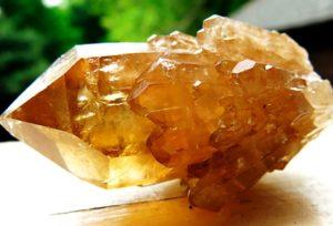 Камень цитрин - свойства