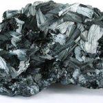 Минерал пиролюзит: формула, свойства, внешний вид