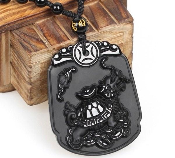 Кулон китайского дракона из черного обсидиана