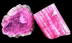 Кристаллы розового турмалина