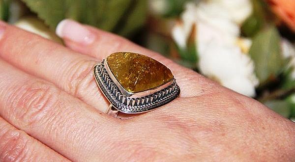 Серебряное кольцо с турмалином (Дравит)