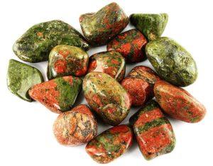Камень унакит для лечения и привлечения удачи