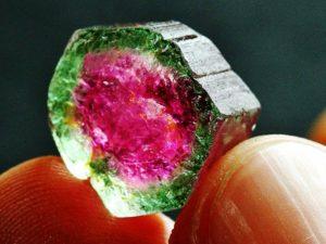 Камень - арбузный турмалин