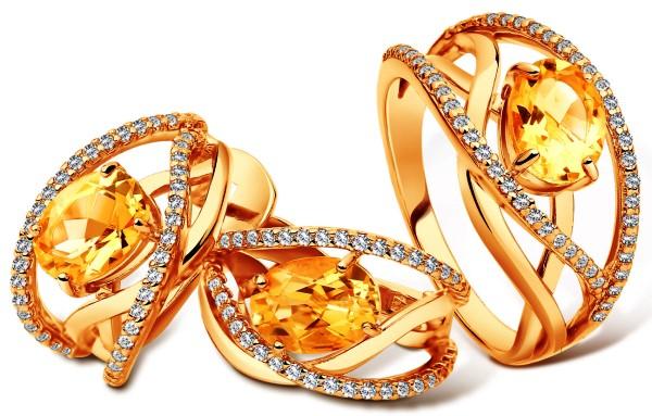 Комплект с цитринами: кольцо и серьги