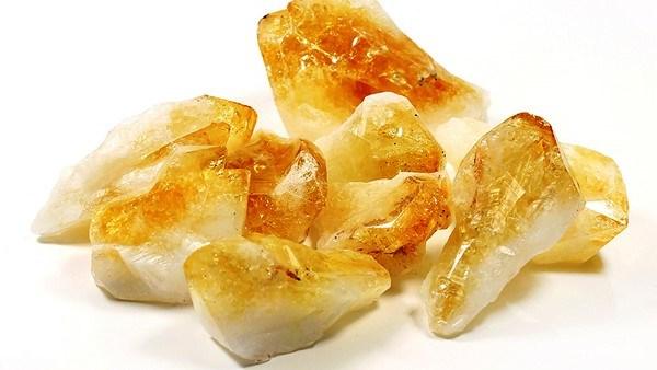 Лечебные и магические свойства желтого цитрина